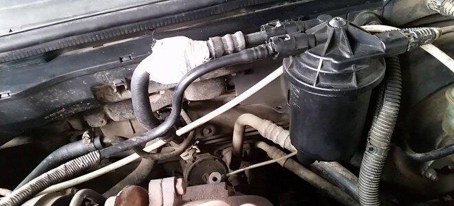Почему иногда зимой дизельный двигатель плохо заводится или глохнет прямо на ходу