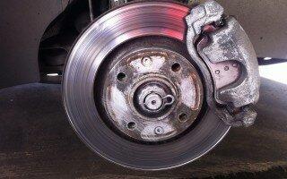 Главные причины возникновения вибрации двигателя автомобиля на холостых оборотах