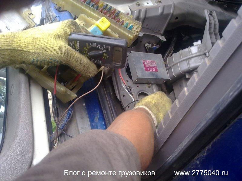 Автоэлектрик за работой. Диагностика и ремонт автоэлектрики. Hino Profia (Хино Профия)