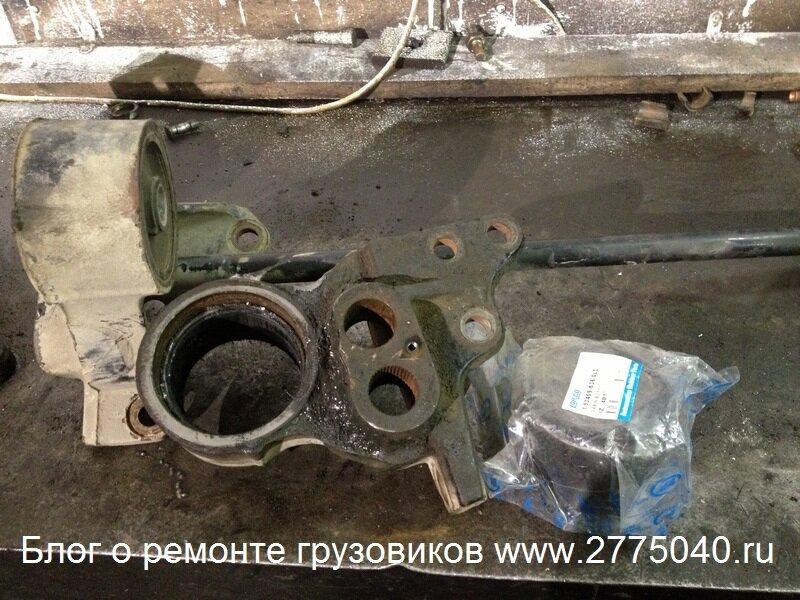 Салейнтблоки кабины Исузу Форвард (Isuzu Forward) Автосервис «Первый» Владивосток
